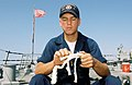 US Navy 020828-N-4151K-001 Splicing rope on USS Higgins.jpg