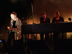Underworld live in New York, 2007.Von links:  Karl Hyde, Rick Smith, Darren Price.