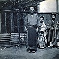 Unidentified family in Nagasaki, Japan, ca 1899 (KIEHL 50).jpeg