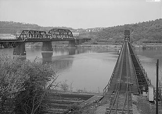 Union Railroad Port Perry Bridge - The URR bridge on the left.
