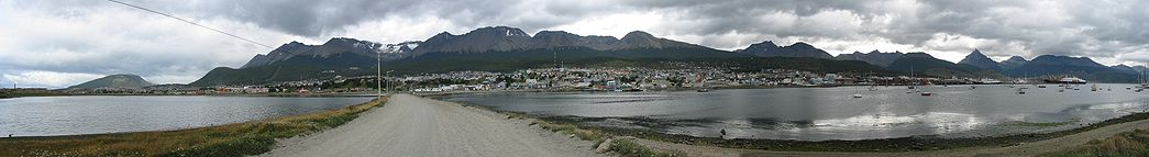 Panorama of Ushuaia from 2005-02-06.