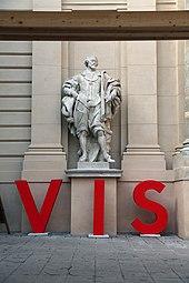 VIS - Vienna Independent Shorts 2014 Künstlerhaus Rubens-Statue 2.jpg