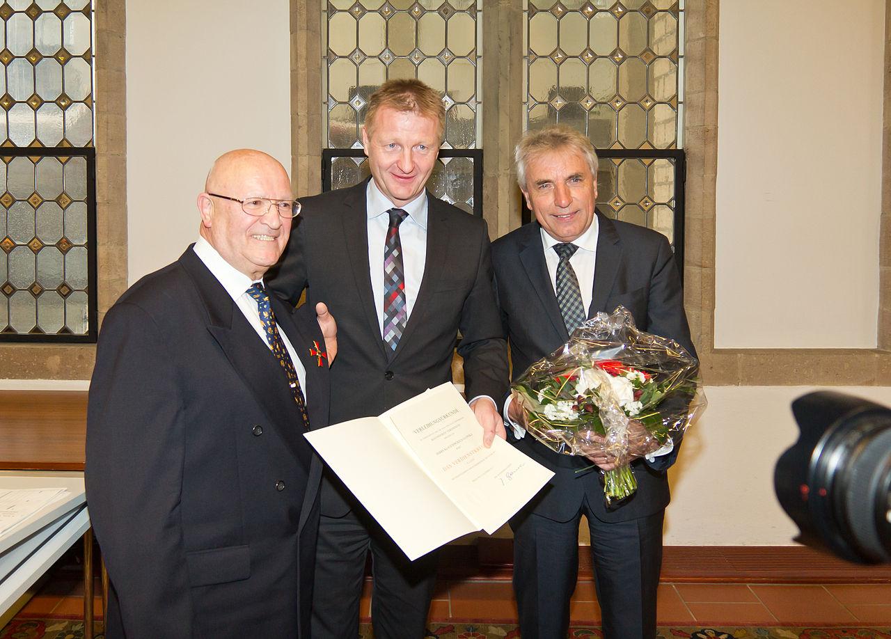 Verleihung des Bundesverdienstkreuzes an Klaus Ulonska-7251.jpg