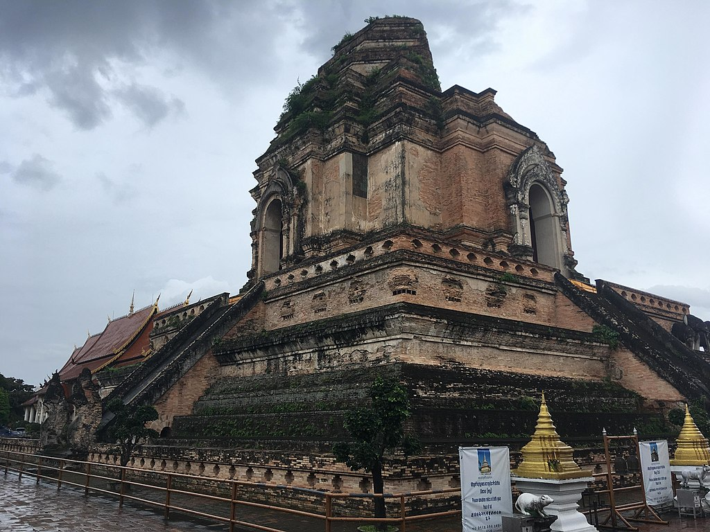 View of the Wat Chedi Luang stupa from the northwest