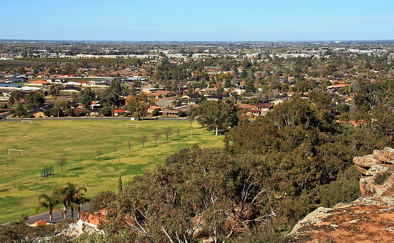 File:View over Griffith NSW 3.jpg