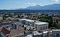 Villach Innere Stadt Rathaus, Parkhotel, Peraukirche und dem Blick Richtung Mittagskogel.jpg