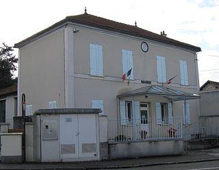 Villeneuve-les-Bordes Commune in Île-de-France, France