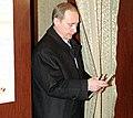 Vladimir Putin votes 2000-2 (cropped).jpg