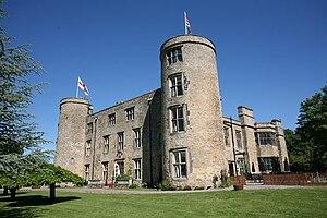 Walworth Castle - South−east corner of Walworth Castle