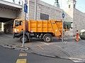 Waste collection truck, Elisabeth Bridge, 2018 Belváros-Lipótváros.jpg
