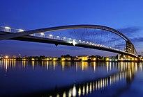 Weil am Rhein - Dreiländerbrücke10.jpg