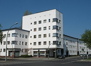 Bruno Ahrends - 1929–31: Weiße Stadt – a prominent example of Berlin Modernism Housing Estates in the borough Reinickendorf (see external weblink)