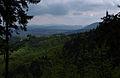 Widok na masyw Chełmca i Góry Czarne z masywu Trójgarbu.jpg