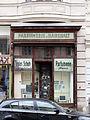 Wien-Neubau - Kirchengasse 25 - altes Geschäftsportal.jpg
