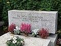 Wojciech Hensel - Cmentarz Wojskowy na Powązkach (206).JPG