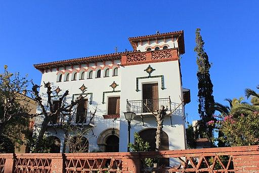 Torre Loperena, Xalet del Passeig Jaume I, 8 (Salou)