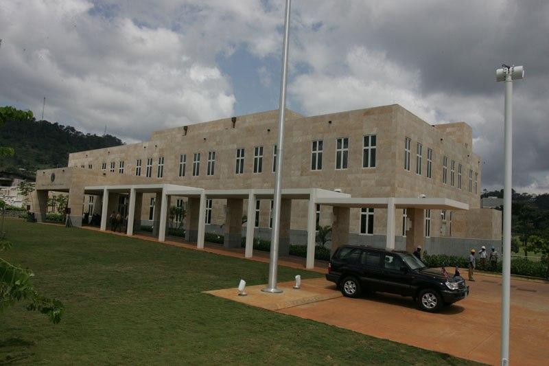 Yaoundé ambaixada EUA