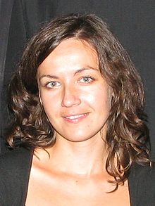 http://upload.wikimedia.org/wikipedia/commons/thumb/1/13/Zuzana_Ferjencikova_2010-09-28.jpg/220px-Zuzana_Ferjencikova_2010-09-28.jpg