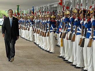 Presidential Guard Battalion (Brazil) - Image: Álvaro Colom Caballeros, chega ao Palácio do Planalto para visita oficial ao Brasil