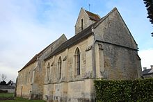 Église de Bray-en-Cinglay vue du chevet.jpg