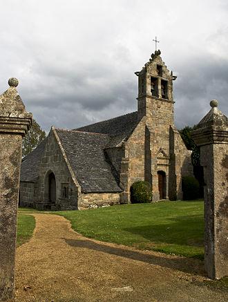 Bégard - Church of Guénézan