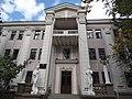 Волочаевская, 162 - фасад, вход в колледж искусств.jpg