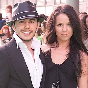 Timur Rodriguez - Timur Rodriguez with his wife Anna Devochkina at the ceremony of Muz-TV award in June 3, 2011