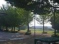 東京情報大学・本館北東側から前庭方面を望む - panoramio.jpg