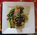 -2018-12-16 Pan fried Samon with crushed new potato's and green beans, Cromer.JPG