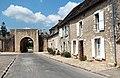 0 Provins - Rue de Jouy et tour de la porte de Jouy.JPG