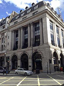 1–3 Arlington Street and 157–160 Piccadilly.jpg