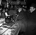 13.12.1966. L. Bazerque inaugure le marché des Carmes. (1966) - 53Fi3222.jpg