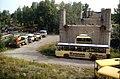 134L32280785 Brücke, Widerlager, Blick Richtung Norden, Schrottplatz, Postbusse 28.07.1985.jpg