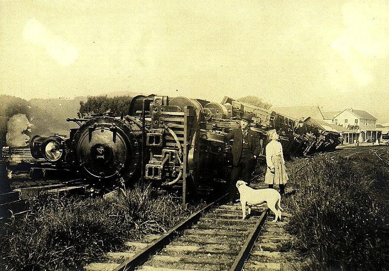 File:1906 earthquake train.jpg