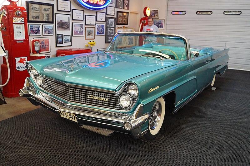 File:1959 Lincoln Continental Mark III Convertible (21913357080).jpg