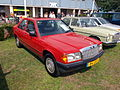 1986 Mercedes-Benz 190E, Dutch licence registration 84-LRF-1.JPG