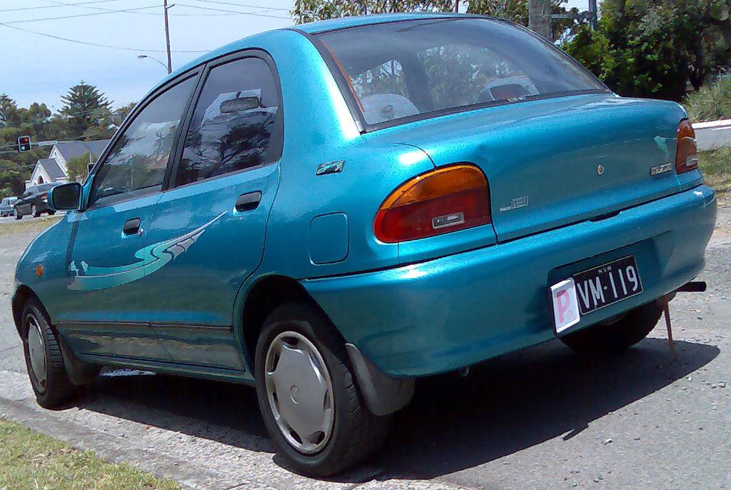 mazda 121 1993