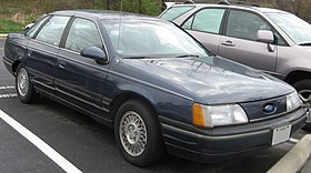 1st Ford Taurus GL sedan.jpg
