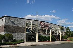 Tweeter (store) - Tweeter store in Durham, North Carolina.