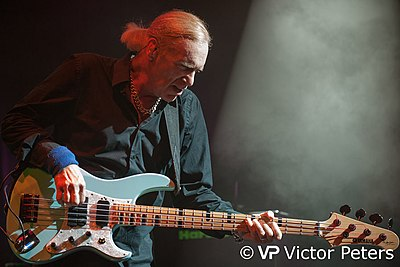 Billy sheehan revolvy billy sheehan playing with the winery dogs at de boerderij in zoetermeer the netherlands 20130906 malvernweather Gallery