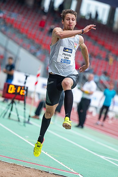 File:2018 DM Leichtathletik - Weitsprung Maenner - Fabian Heinle - by 2eight - 8SC0406.jpg