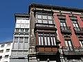 264 Casa de Josefina Balsera, c. La Cámara 43 (Avilés), façana c. Cuba.jpg