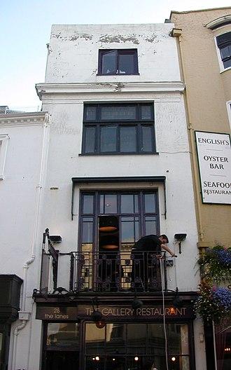 Grade II listed buildings in Brighton and Hove: E–H - Image: 28 East Street, Brighton (Io E Code 480656)