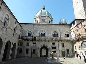 Province of Brescia - Broletto Palace in Brescia, the seat of the Province.