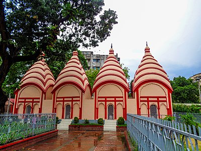 4 attached Shiva temples in Dhakeshwari National Temple (Front Facing view).jpg