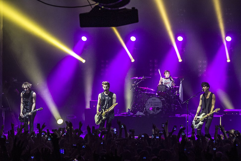 5 Seconds of Summer at Enmore Theatre, Sydney, 30.04.14