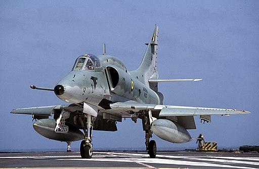 AF-1 Falcao (A-4 Skyhawk) (12123175155)