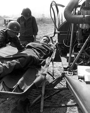 Air medical services - American casualty evacuated by helicopter, Korean War, 1951