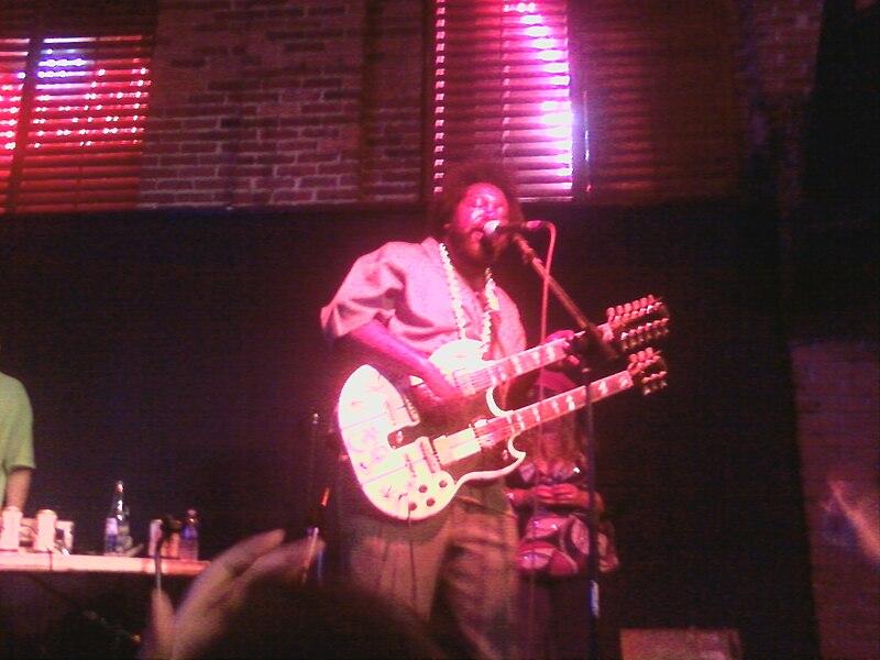 File:Afro concert Oct 11 09.jpg