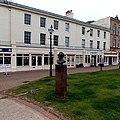 Agatha Christie statue in Torquay (geograph 4258833).jpg